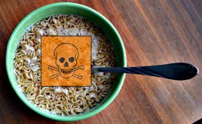 Szybko, łatwo i nawet nie trzeba umieć gotować– nie ma nic prostszego niż chińskie zupki. Wystarczy zagotować wodę i gotowe... Ale czy zdrowe
