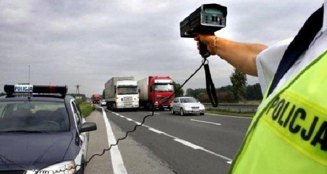Mandat: Kierowcy będą dosłownie wściekli po usłyszeniu tej wiadomośc, za posiadanie w swoim samochodzie tej rzeczy ma wynosić aż 750 złotych!