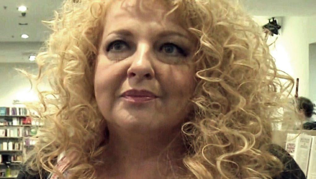 Magda Gessler gwiazda TVN i programu Kuchenne Rewolucje musiała zmierzyć się z alkoholizmem oraz stawić czoła wzwaniu jakim jest problem z alkoholem