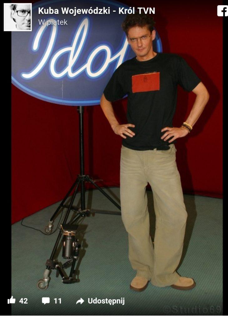 Kuba Wojewódzki TVN (kiedyś Polsat) wrzucił zdjęcia z czasów gdy był młody. Dodał je na swój profil na Facebook. Czasy programu Idol nie spodobały się...