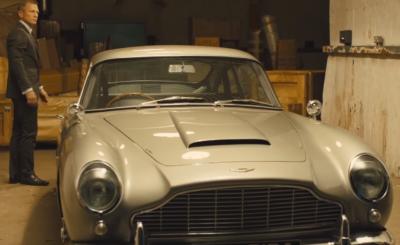 James Bond (ostanio Daniel Craig) pierwszy szpieg królowej nie traci na popularności. Teraz na sprzedaż jest pierwsze auto Bonda, Aston Martin Db5.