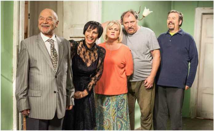 Świat według Kiepskich śmierć to serial emitowany w tv Polsat. Wspominamy postaci których już nie zobaczymy (Smoleń, Feldman). Kotys Niepokojące wieści