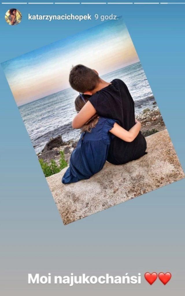Kasia Cichopek i jej dzieci robią furorę na portalu instagram. Gwiazda TVP i serialu M jak Miłość pokazała urocze zdjęcie swoich pociech.