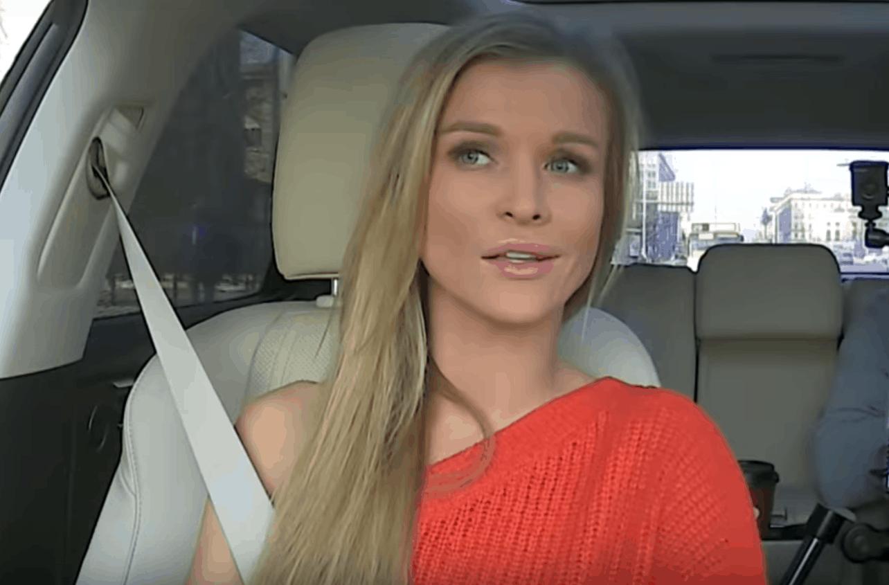 Joanna Krupa (Top Model, TVN) pokazuje swoim fanom na portalu Instagram, że ciąża nie jest jej straszna, dziecko jest w drodze to już 24 tydzień.