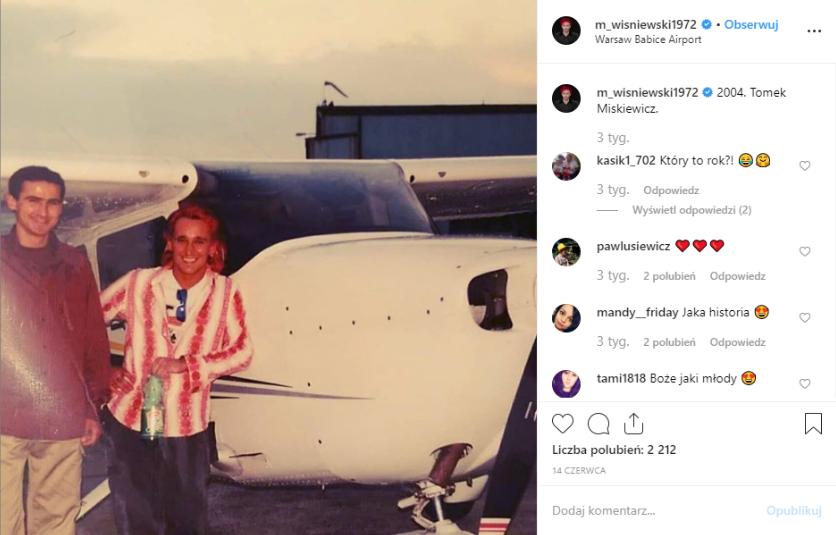 Wiśniewski (Ich Troje) wrzuca na Instagram zdjęcie jak był młody. W zeszłym roku dotarły do nas informacje, że Wiśniewski to bankrut, teraz czeka go rozwód.