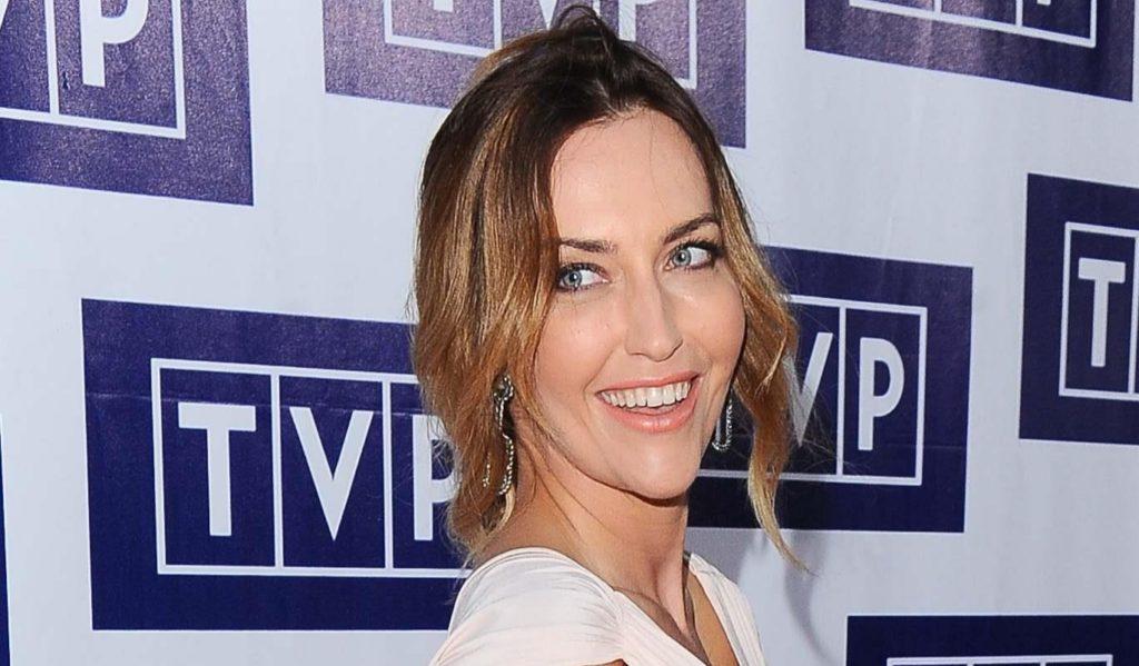 Serial Ranczo to kultowa produkcja TVP. IlIlona Ostrowska, Cezary Żak to główni jego aktorzy. Wśród nich jest Magdalena Waligórska, która pokazała za wiele.