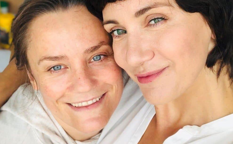 Ilona Ostrowska i jej metamorfoza robią furorę na portalu instagram. Gwiazda TVP i serialu Ranczo zaskoczyła swoich fanów.