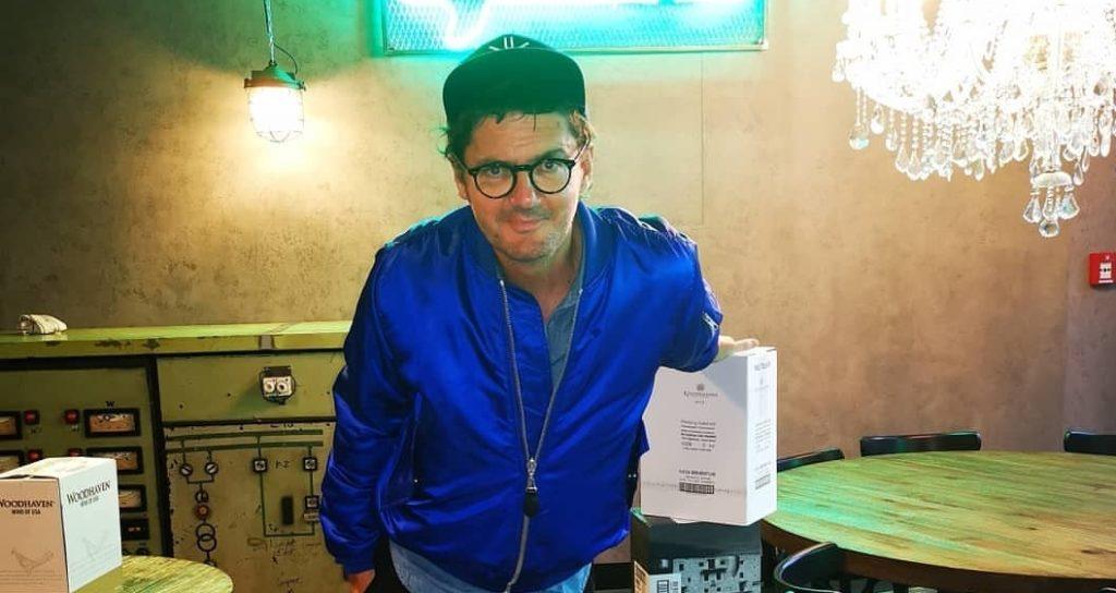 Kuba Wojewódzki prowadzi nabór do Niewinni Czarodzieje. Król TVN ogłasza na portalu instagram poszukiwania pracowników. Zainteresowanie jest olbrzymie.