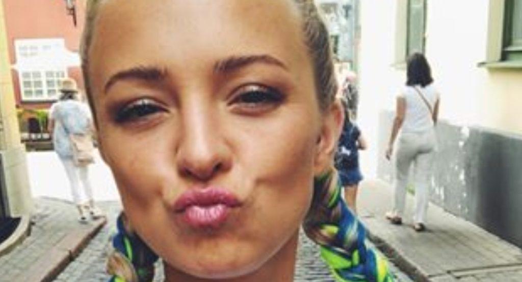 Barbara Kurdej Szatan i jej wiek. Gwiazda M jak Miłość zamieściła na portalu instagram zdjęcie na którym jest Antek Królikowski oraz Tomasz Oświęcimski.