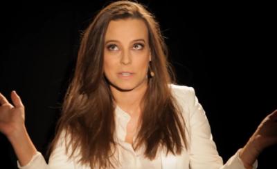 """Anna Mucha pokazała piersi na portalu Instagram. Aktorka występuje obecnie w dwóch produkcjach TVP są to """"M jak miłość"""" oraz """"Za marzenia""""."""