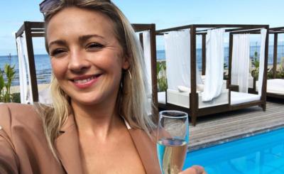 """Barbara Kurdej Szatan (""""M jak miłość"""", TVP) przerwała treningi do programu """"Taniec z gwiazdami"""" (Polsat), wyjechała na plan zdjęciowy filmu """"Swingersi""""."""