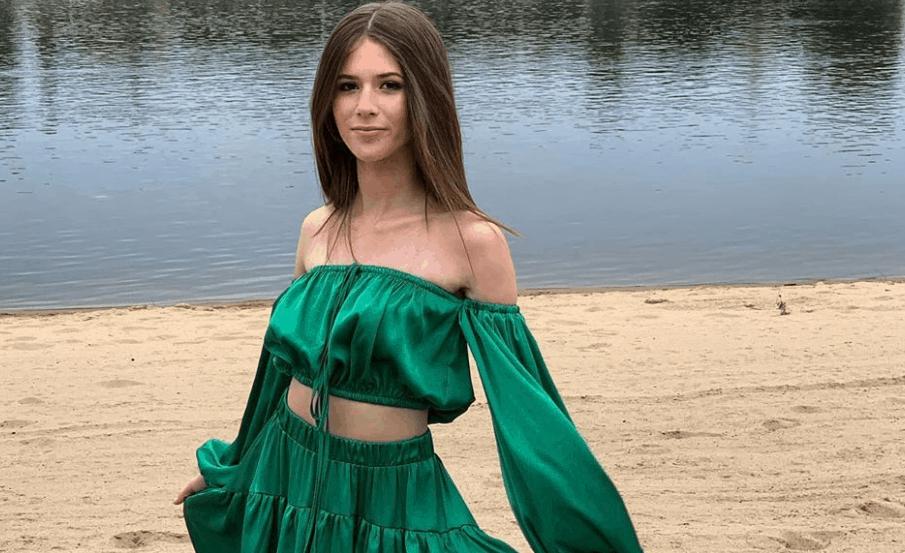 Roxie Węgiel (The Voice Kids, Eurowizja dla dzieci) dostała propozycje od Polsat, żeby wystąpić w programie Taniec z gwiazdami. Zobacz ją na Instagram.