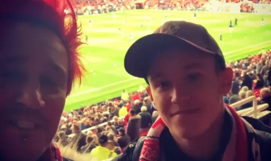 Michał Wiśniewski i jego syn Xavier Wiśniewski wybrali się na mecz Manchester United kontra Liverpool, który odbył się na legendarnym Old Trafford.