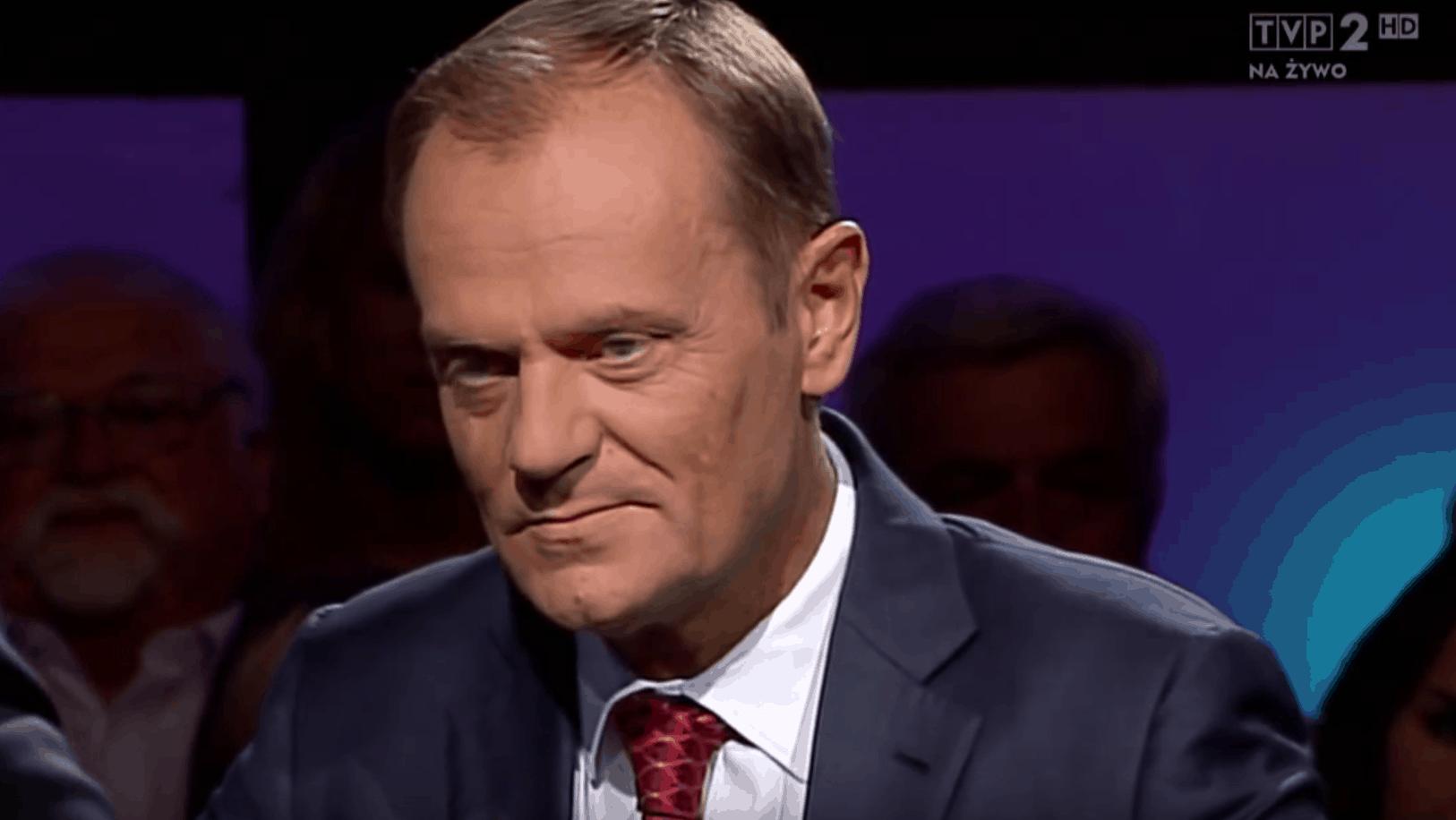 Donald Tusk znieważył Donalda Trumpa. Były premier postanowił skomentować w dość osobliwy sposób to co wydarzyło się w Kongresie