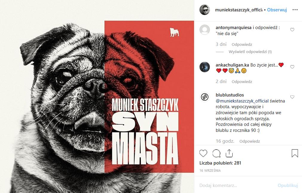 """News, że Muniek Staszczyk nie żyje zdementowana na portalu Facebook. Autor hitu """"King"""" i lider T.Love żyje i udziela wywiadu programowi """"Uwaga!"""" TVN."""