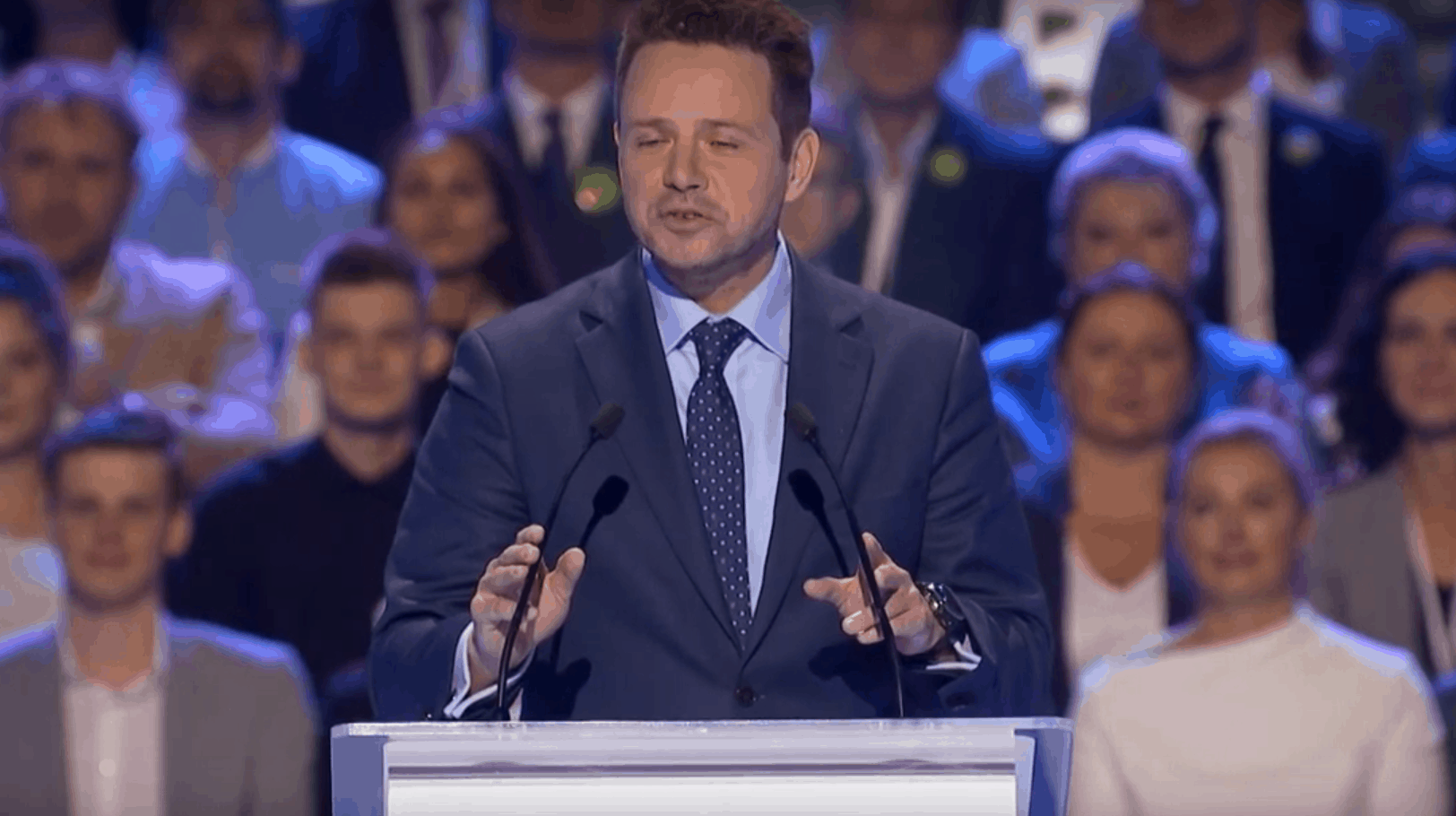 Opozycja stara się przekonać jak najwięcej wyborców do swoich postulatów. To też próbowali uczynić na ulicach stolicy Michał Szczerba i Rafał Trzaskowski.