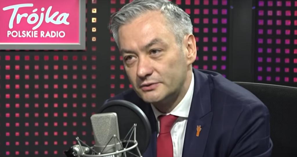 Robert Biedroń w maju został wybrany na posła Parlamentu Europejskiego. Aktualnie tydzień temu do sejmu dostał się jego partner - Krzysztof Śnieżek.