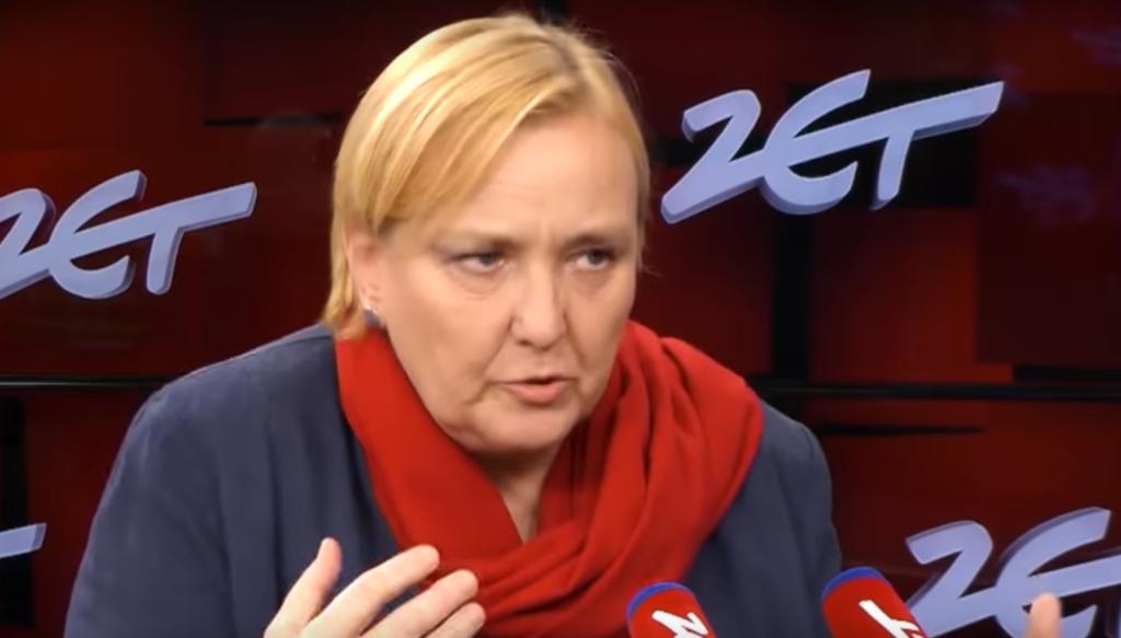 """Róża Thun to bardzo kontrowersyjna w ostatnim czasie europosłanka PO,  która zasłynęła z tak zwanego """"donosicielstwa"""" na Polskę w UE."""