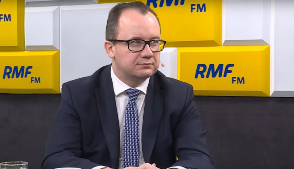 Tęczowy Piątek: w organizację zangażowani byli politycy ugrupowań Koalicja Obywatelska oraz Lewica. Do nich dołączył rzecznik praw obywatelskich Adam Bodnar
