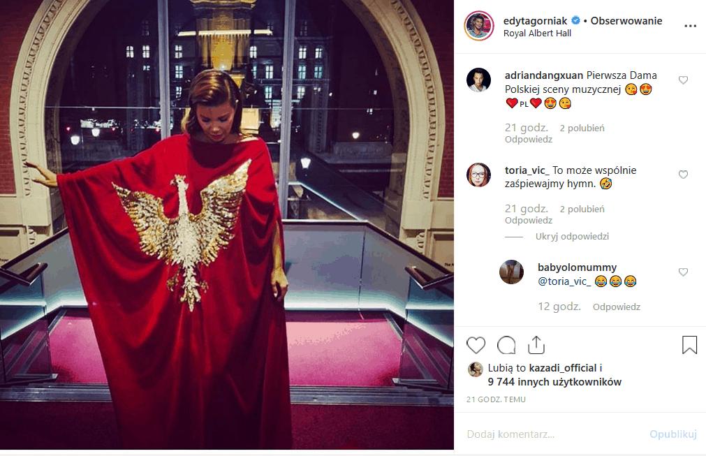 """Fani pamiętają, jak Edyta Górniak wykonała hymn. Instagram przypomniał to gwieździe show """"My way"""" i uczestniczce konkursu Eurowizja z piosenką """"To nie ja""""."""