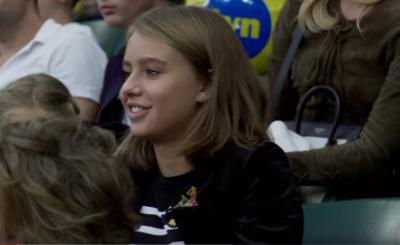 """Oliwia Bieniuk (rodzice: Anna Przybylska """"Złotopolscy"""" i Jarosław Bieniuk) udowadnia na portalu Instagram, że nie tylko usta ma podobne do matki."""