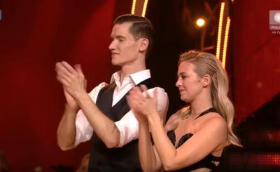 """Finał show """"Taniec z gwiazdami"""" (Polsat) wygrał Damian Kordas, którzy wcześniej wygrał m.in. show """"MasterChef"""". Basia Kurdej Szatan odeszła z niczym."""