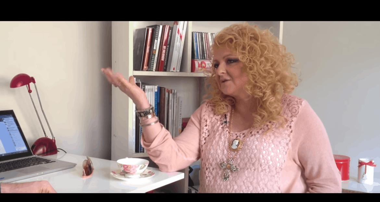"""Idzie Wigilia, więc z tej okazji Magda Gessler uzmieniła fryzurę na Insta. Jak wygląda Królowa TVN, gwiazda show """"Kuchenne rewolucje"""" i """"MasterChef""""?"""