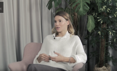 """Maja Bohosiewicz i jej mąż pozują na Insta, ale fani aktorki seriali """"Za marzenia"""" i """"M jak miłość"""" komentują jej dekolt, choć nie była to sesja dla Playboy"""