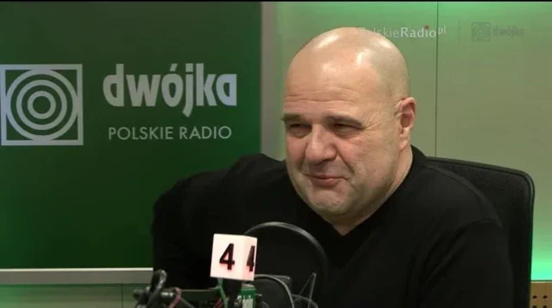 Cezary Żak to przede wszystkim gwiazda takich seriali jak Ranczo (TVP) oraz Miodowe lata (Polsat). Aktor od wielu lat jest...