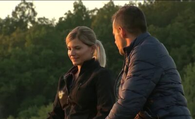 Ilona Kurzeja i Adrian Berkowicz to gwiazdy szóstej edycji programu Rolnik szuka żony w TVP, który prowadzi od 2014 roku Marta Manowska.