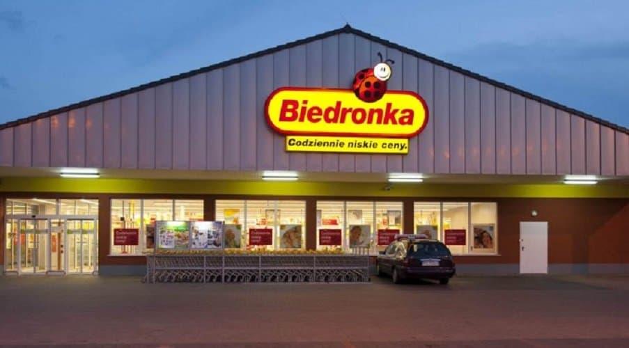 Kara: Biedronka to największa sieć sklepów w naszym kraju. Codziennie zakupy w popularnym dyskoncie wykonuje miliony Polaków. Sprawą zainteresował się UOKiK