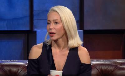 """Kasia Warnke nago na Insta! Gwiazda filmów """"Botoks"""" i """"Kobiety Mafii"""" przypomniała fanom sesję dla gazety Playboy, bo pomoże jej to osiągnąć noworoczny cel"""