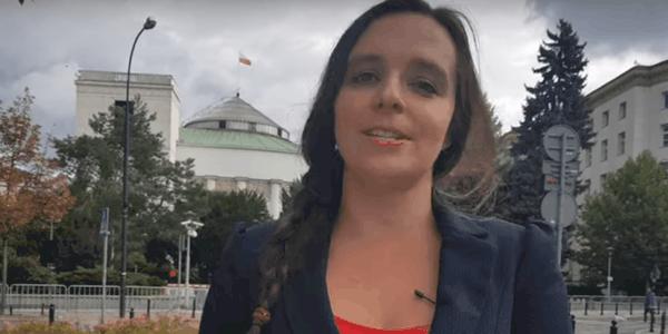 Klaudia Jachira to kontrowersyjna posłanka reprezentująca ugrupowanie Koalicja Obywatelska w Sejmie, wyciekł film w którym pokazała się prawie nago