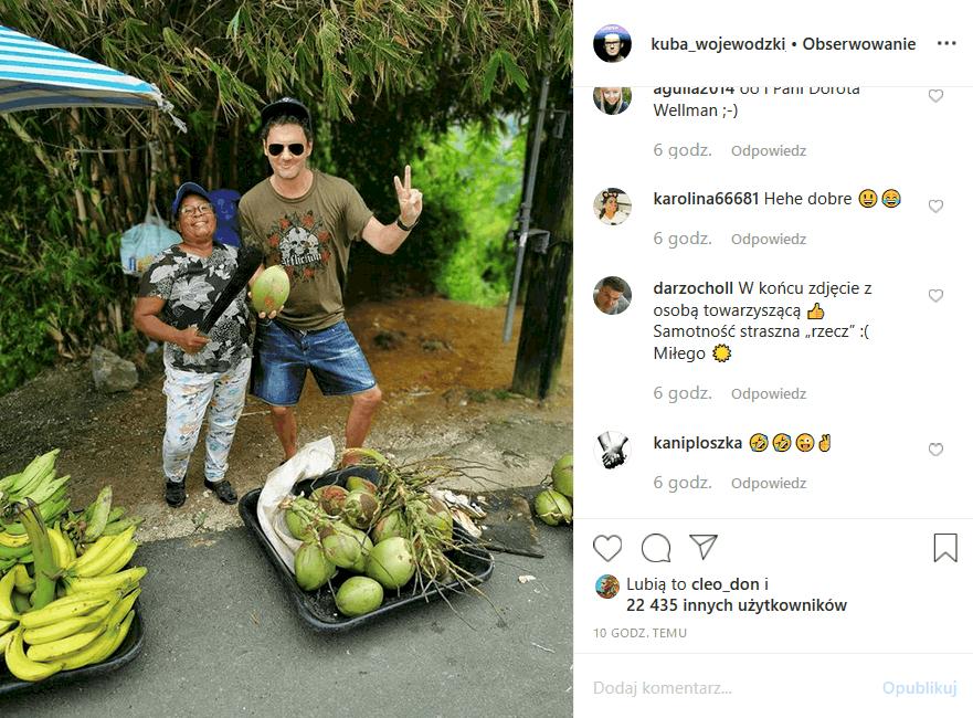 """Instagram zastanawia sie kim jest dziewczyna, którą Kuba Wojewódzki zabrał na wakacje. Prowadzący """"Kuba Wojewódzki show"""" Król TVN podsyca plotki"""