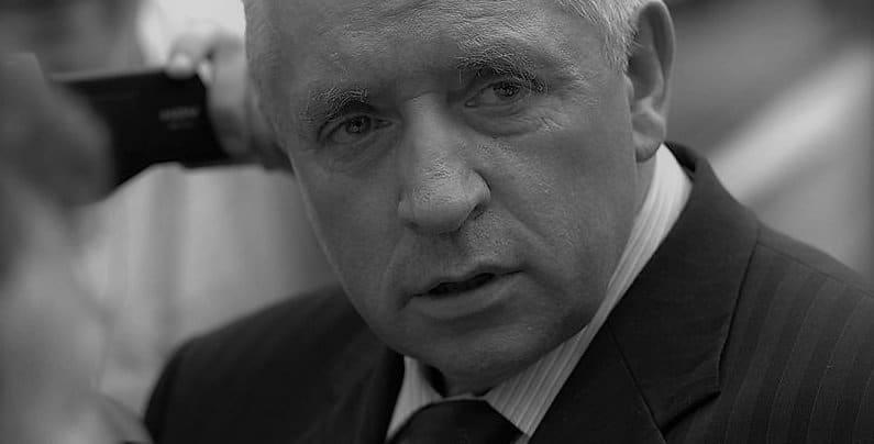 """""""Seryjny samobójca"""" Lista osób, które zginęły w dziwnych okolicznościach a wśród nich oczywście Andrzej Lepper i wiele osób które były z nim związane"""