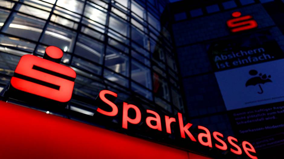 Tragedia w Berlinie, atak na naszego rodaka, podpalili Polaka w oddziale jednego z banków. Mężczyzna trafił z ciężkimi obrażeniami do szpitala.