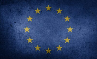 Unia Europejska (UE) ponownie grozi Polsce, Komisja Europejska (KE) złożyła wniosek przeciw Polsce. Poinformował o tym trybunał w Luksemburgu.