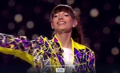 """Fani na Insta chwalą Viki Gabor, zwyciężczynię konkursu """"Eurowizja"""" bo przeznaczy pieniądze ze sprzedaży płyty """"Superhero"""" na szczytny cel"""