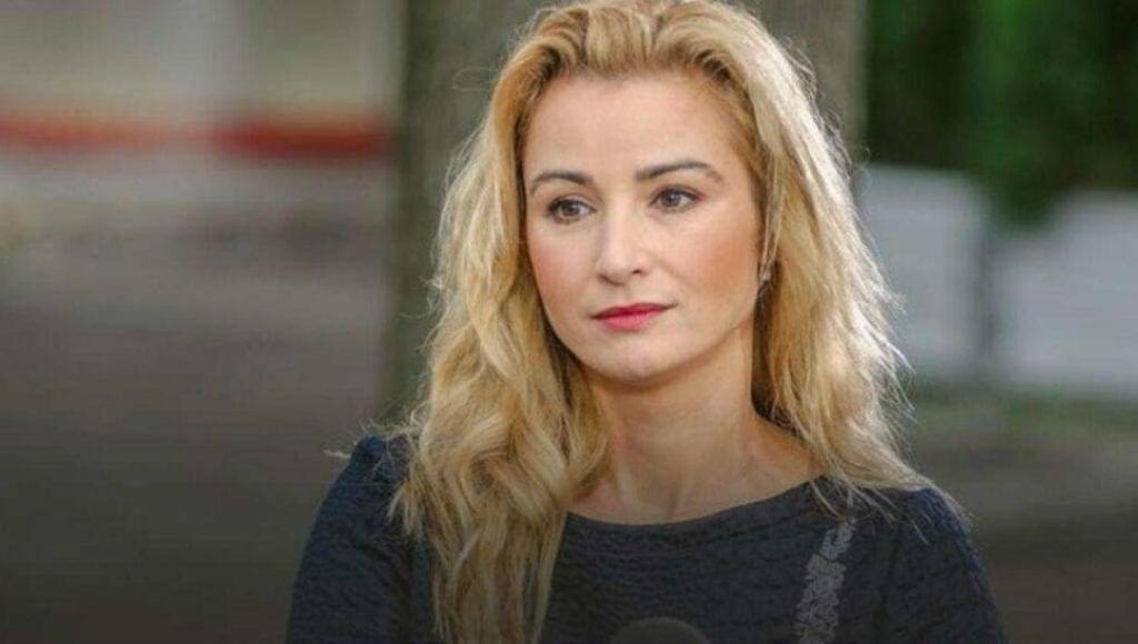 Joanna Brodzik jest chora, dokucza jej kręgosłup- podobne problemy mają Doda i Beata Kozidrak, Joanna Brodzik wie, że jedynie rehabilitacja może jej pomóc.