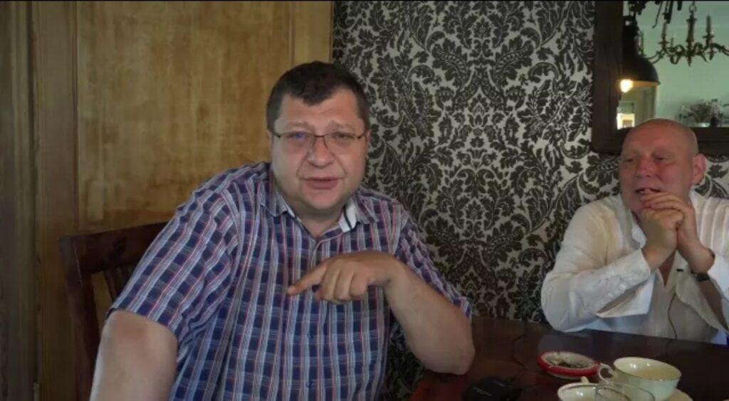 Krzysztof Jackowski (znany jasnowidz) i Zbigniew Stonoga (działacz społeczny, znana osoba publiczna), to dwie bardzo kontrowersyjne postacie w Polsce.