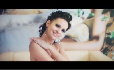Gwiazda Disco Polo (Etna - Joanna Kaczanowska) nago na portalu Instagram: Etna to jedna z największych gwiazd polskiego show biznesu i disco polo...