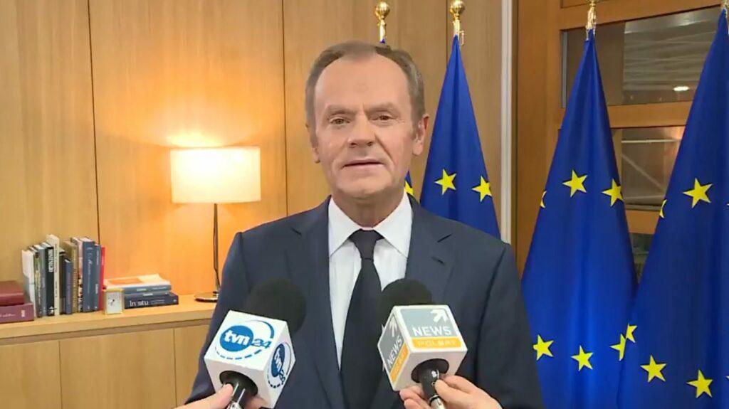 Brexit: Donald Tusk skomentował na Twitterze wyjście Wielkiej Brytanii z Unii Europejskiej (UE), jednakże wszyscy pamiętają jego słowa o UK