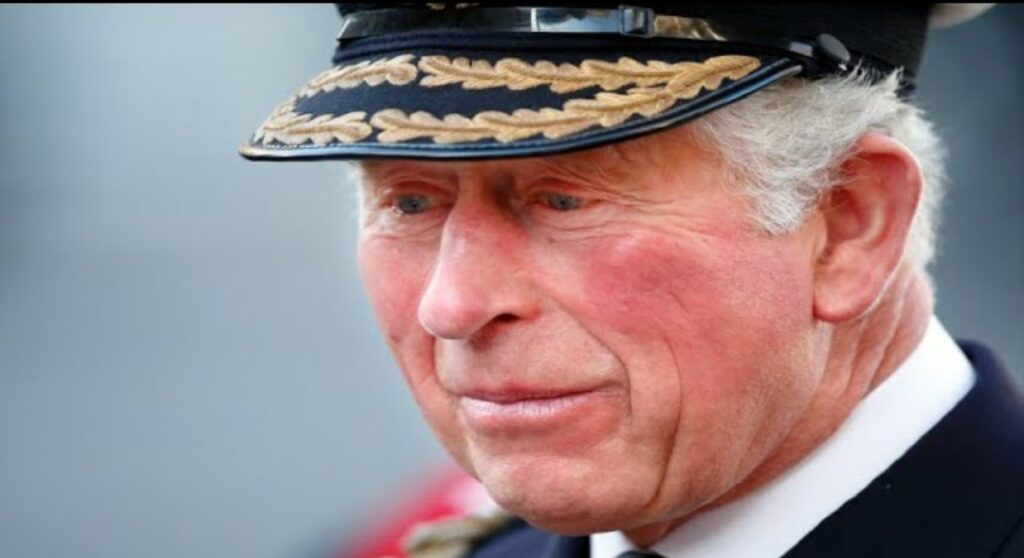 Pandemia koronawirusa na świecie: Książę Karol jest chory na koronawirusa, czy następca tronu zaraził Elżbietę II?  Kiedy książę wydział królową?