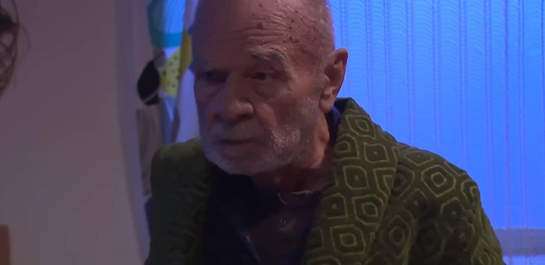 """Jak się czuje Ryszard Kotys (Paździoch ze """"Świat według Kiepskich""""): Prawdziwy stan zdrowia Kotysa pozwala mu pracować, choroba jednak nadal postępuje."""