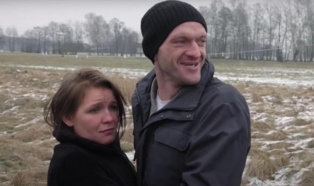 """Asia Wielocha i Rysiek znany szerzej jako """"Szczena"""" wywołali skandal, słynna para z programu """"Chłopaki do wzięcia"""" postanowiła wyłudzać pieniądze?"""