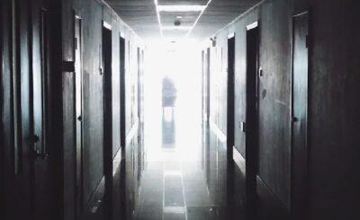 """Koronawirus we Włoszech: W placówce opiekuńczej z powodu zarażenia koronawirusem zmarło prawie 200 osób: """"Masakra w domu opieki"""" - piszą włoskie media"""