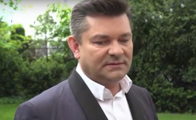 Syn Martyniuka ma znowu spore problemy, złamał kwarantannę i pojawiła się u niego policja, jak do sprawy odniósł się Zenek Martyniuk, król Disco Polo?
