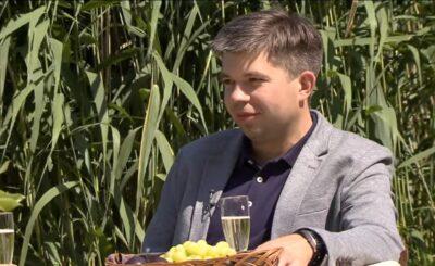 """Martyna Szakiewicz to żona gwiazdora pierwszej edycji programu """"Rolnik szuka żony"""" w TVP, którym był Paweł Szakiewicz. Teraz Martyna napisała aborcji"""
