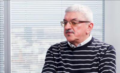 """Radiowa Trójka: Marek Niedźwiecki odchodzi, a piosenka """"Twój ból jest lepszy niż mój"""", której autorem jest Kazik Staszewski nie została wyróżniona."""