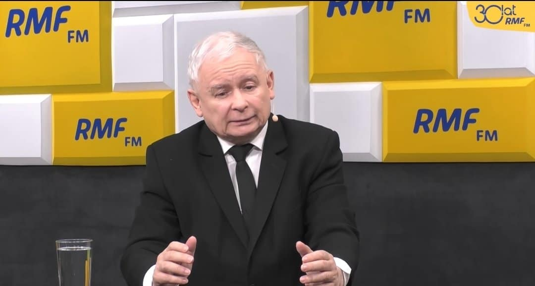 Marszałek Senatu, Tomasz Grodzki zaplanował spotkanie przedstawicieli ugrupowań, Jarosław Kaczyński odrzucił zaproszenie tłumacząc się względami zdrowotnymi